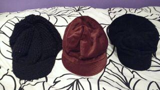 lote de tres gorras
