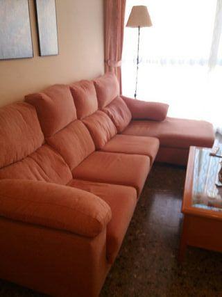 Sofá chaise long de segunda mano en Valencia en WALLAPOP on