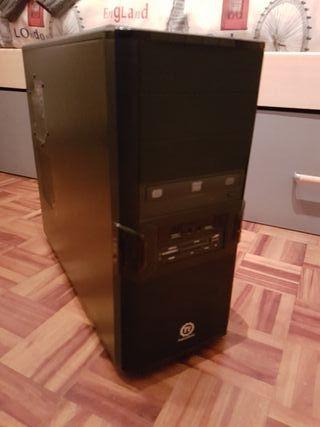 Semitorre ordenador