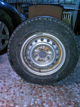 ruedas completas furgoneta nissan vanette