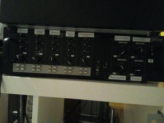 equipo control de sonido