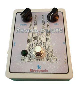 Pedal de reverberación para guitarra eléctrica