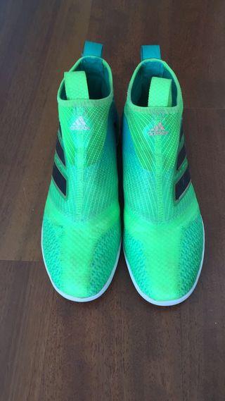 Zapatilla de paseo Adidas
