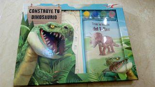 juego construye un dinosaurio