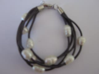 pulsera perla véritable y piel