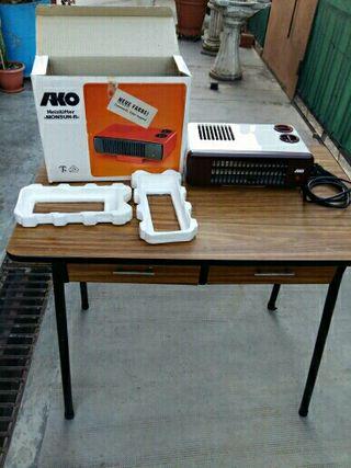 se vende calefactor AKO 2000W no se a hecho servir