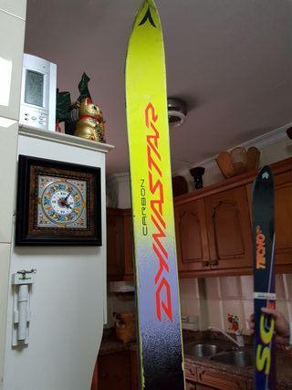 skis Dinastar