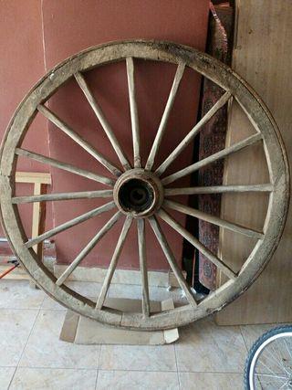 rueda de galera antigua,