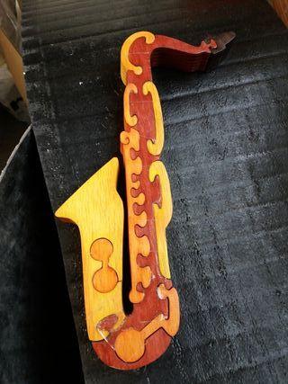 saxo puzzle fusta decoració
