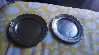 platos bañados en plata