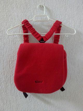 Mochila roja deportiva