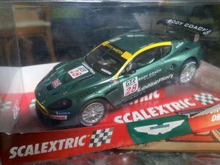 Aston Martin DBR9 de Scalextric
