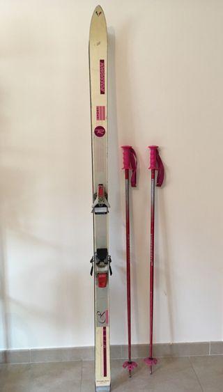 Esquís Rossignol. Regalo bastones