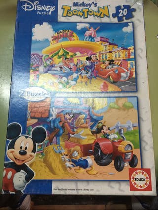Puzzles MICKEYS TOONTOWN