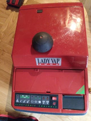 Se vende vaporeta Lady Vap 2000. con plancha.