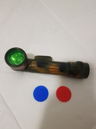 Linterna con tres clase de luz