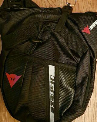 pernera mochila moto