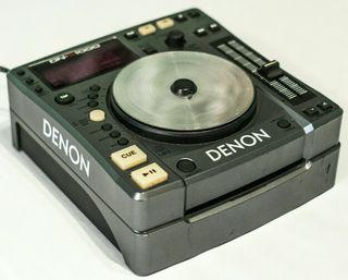 2 × CDJ 'S - Denon DN - 1000 + Maleta