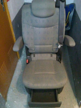 asiento giratorio segunda fila trafic generation