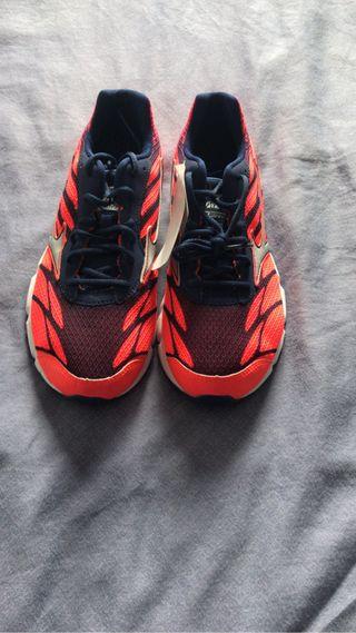 Zapatillas running nuevas mizuno