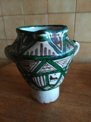 antiguo mortero ceramica punter