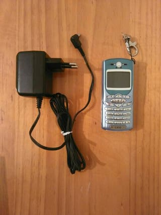 TELÉFONO MOTOROLA C450