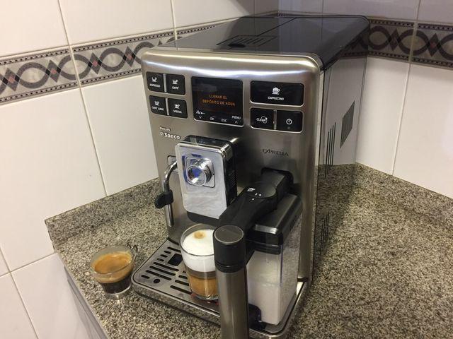 Cafetera saeco exprelia