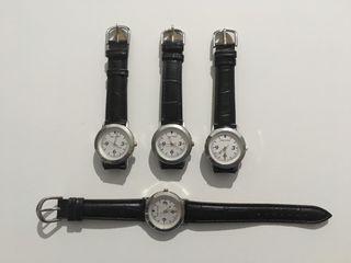 Reloj de pulsera negro