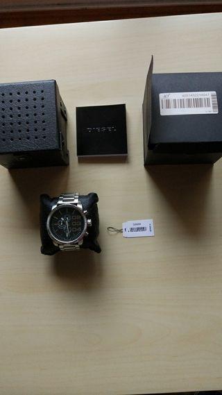 reloj diesel DZ4209 puesto 2 veces