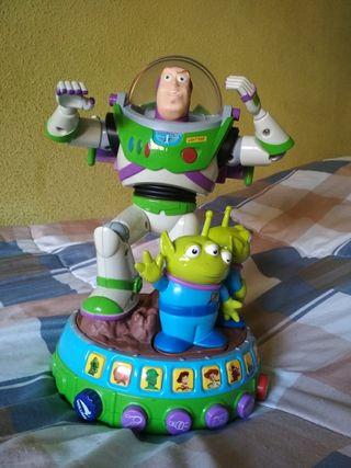 Buzz lightyear Adventure teller interactivo.