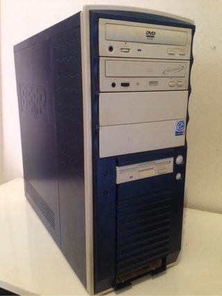 Torre de ordenador cpu