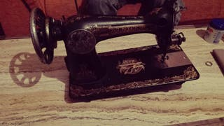 Máquina de coser(Singer)