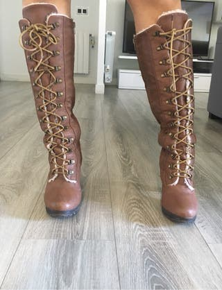 Botas altas marrones talla 39