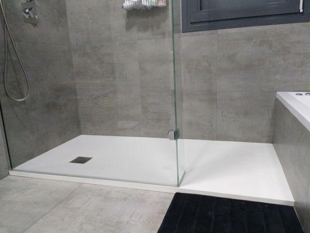 Platos de ducha de segunda mano por 8 en madrid en wallapop for Platos de ducha ceramicos rectangulares