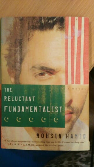 Libro: THE RELUCTANT FUNDAMENTALIST. English.