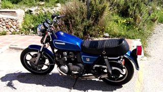 Kawasaki KZ650 SR