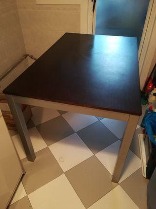 Mesa comedor madera y metal + sillas (Perbufer)