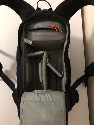 Lowepro Flipside 200 Photo Backpack camera