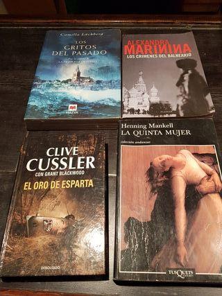 Libros. A 5 euros la unidad.
