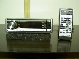 Radio DVD coche JVC + altavoces