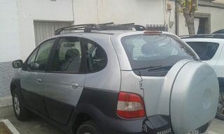Renault 4x4 2002