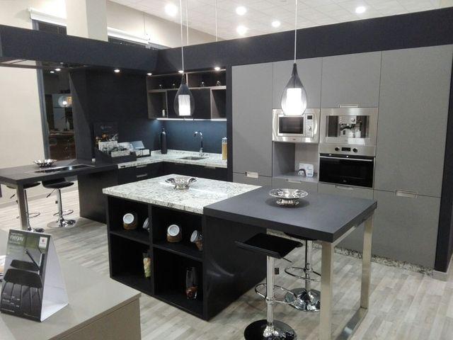 muebles de cocina de exposicion de segunda mano por