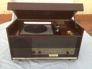 Radio tocadiscos mueble