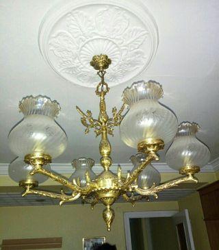 lámpara de bronce antigua