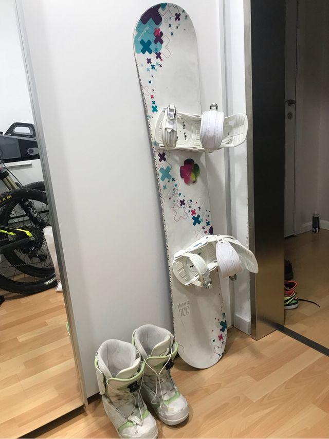 Tabla snow +fijaciones volkl + botas rossignol
