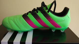 Botas de tacos (fútbol)