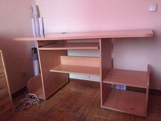 Mesa de madera estudio/ PC