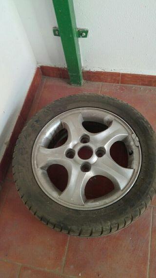 rueda Hyundai coupe