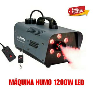MAQUINA DE HUMO CON LED DE 1200W NUEVA.