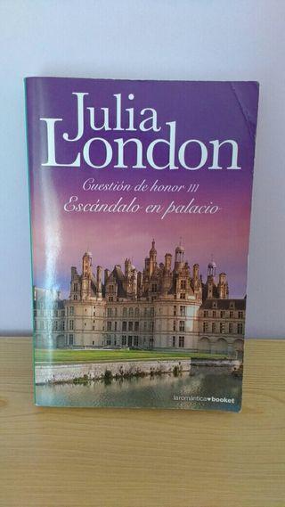 Escándalo en palacio de Julia London